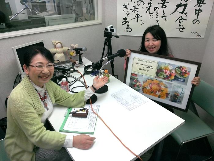雨宮のりこさん(右)と笹崎久美子