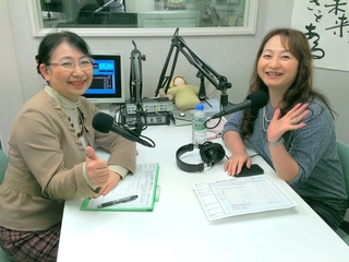 川村幸恵さん(右)と笹崎
