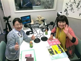 阿部恵さん(右)と笹崎